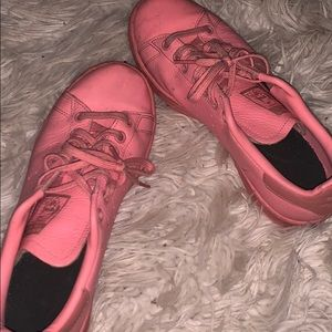 SUPER CUTE PINK STAN SMITH LIMITED ADIDAS